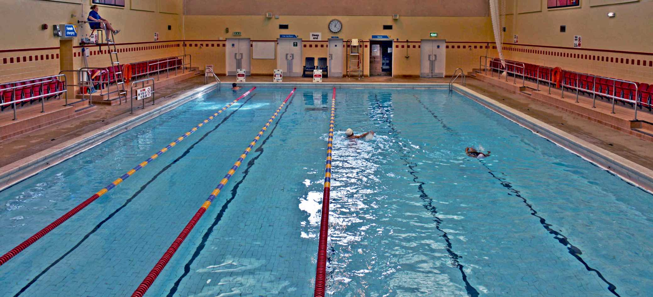 Swimming Pool Training : Stokewood bh live active