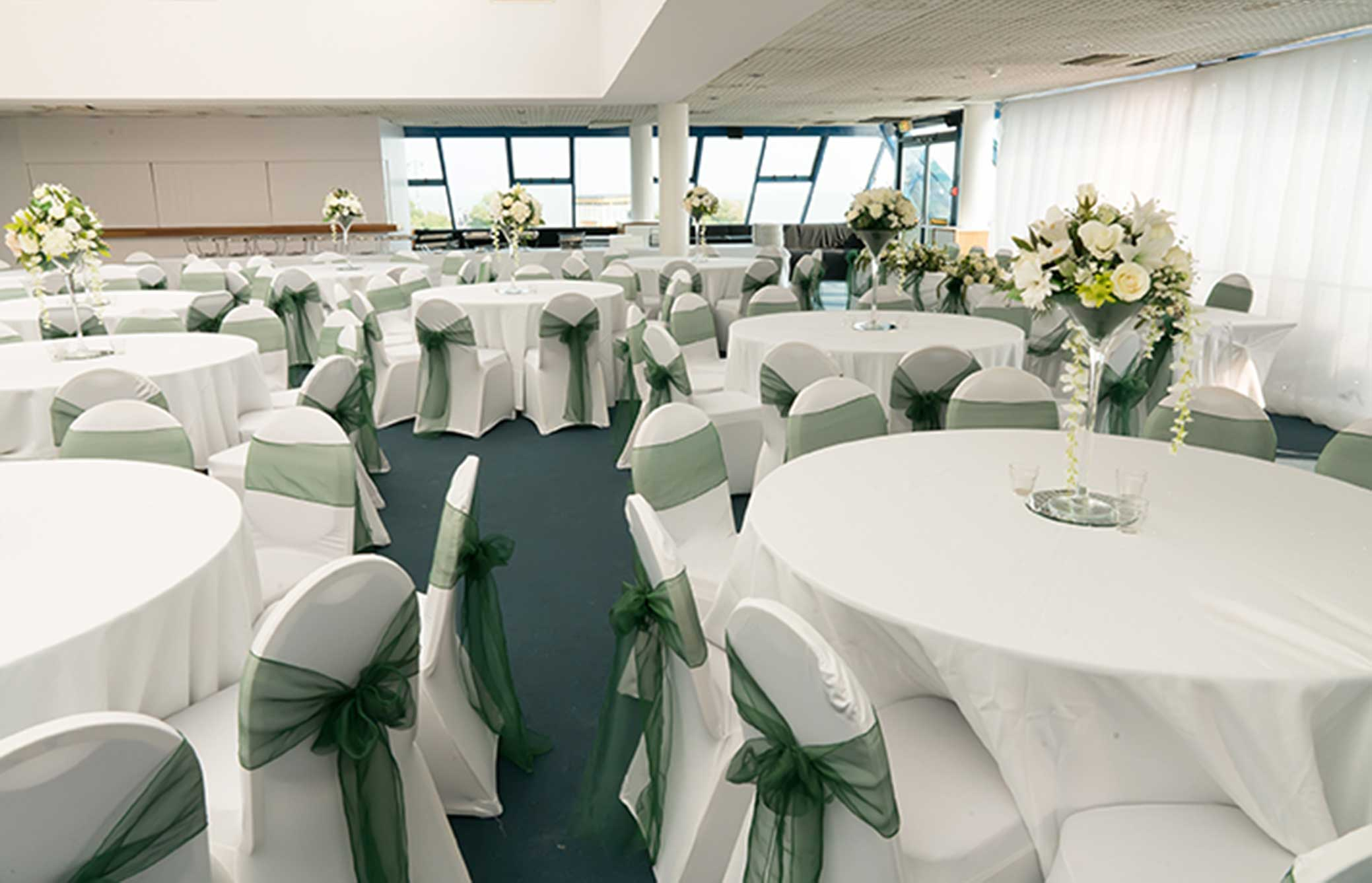 Weddings at pyramids bh live active for Pyramid swimming pool portsmouth